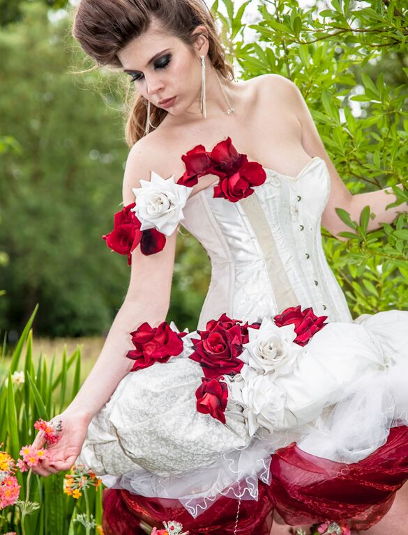 Roses wedding dress